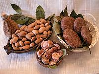 Feast of Fig and Smokvenjak (fig cake)
